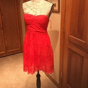 American Eagle sweetheart neck lace dress